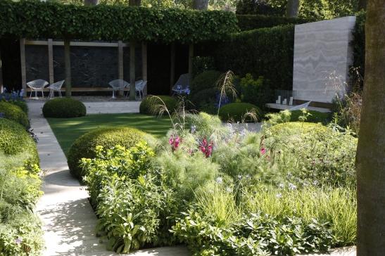 The Telegraph Garden 01